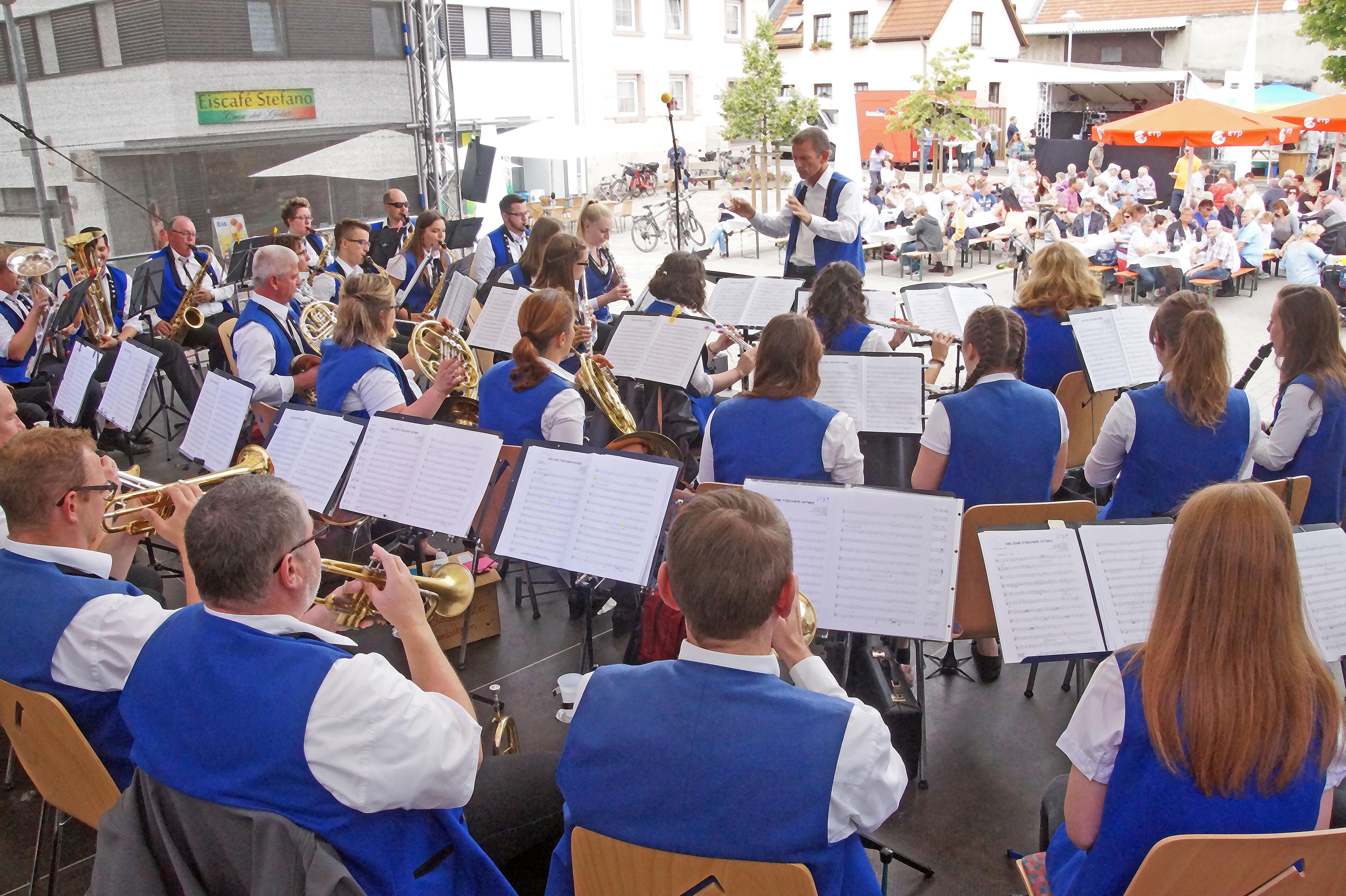 Großes Wunschkonzert beim Blasorchester